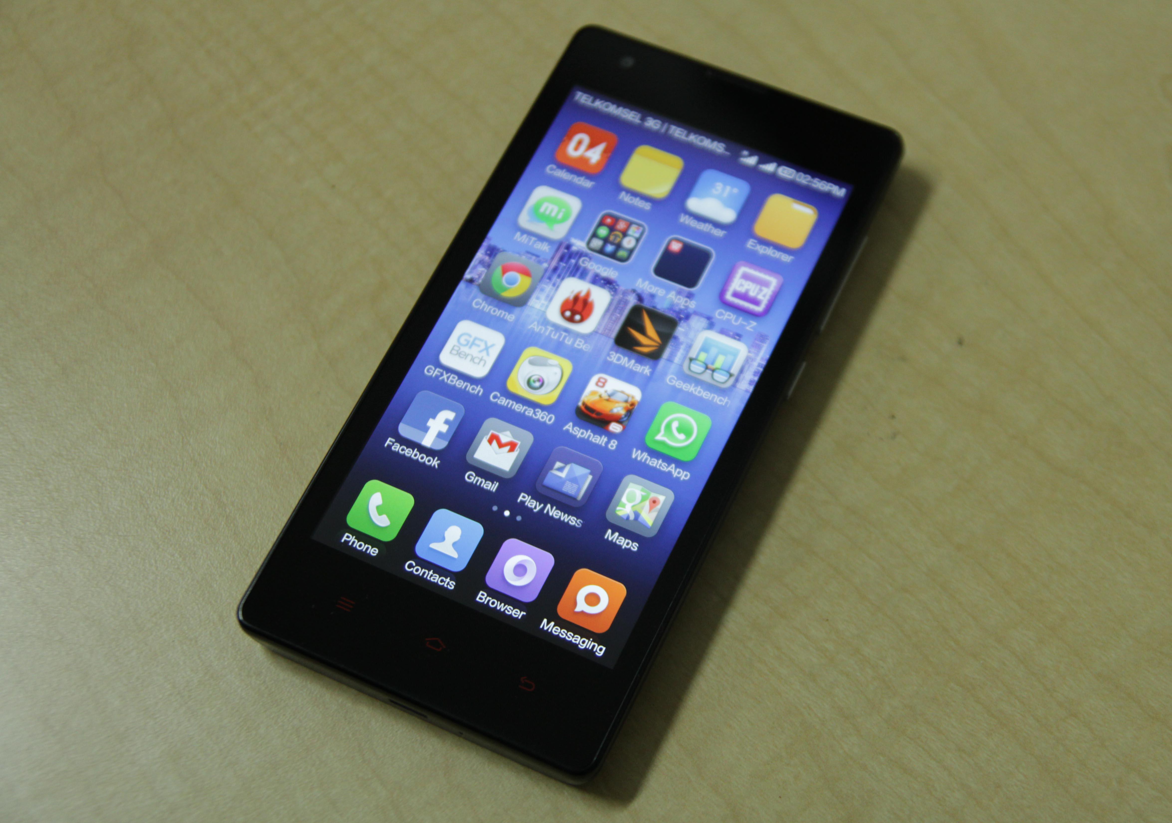 Di dalam smartphone Redmi 1S ini Xiaomi telah membenamkan sistem operasi 4 3 Jelly Bean dengan antarmuka MIUI v5